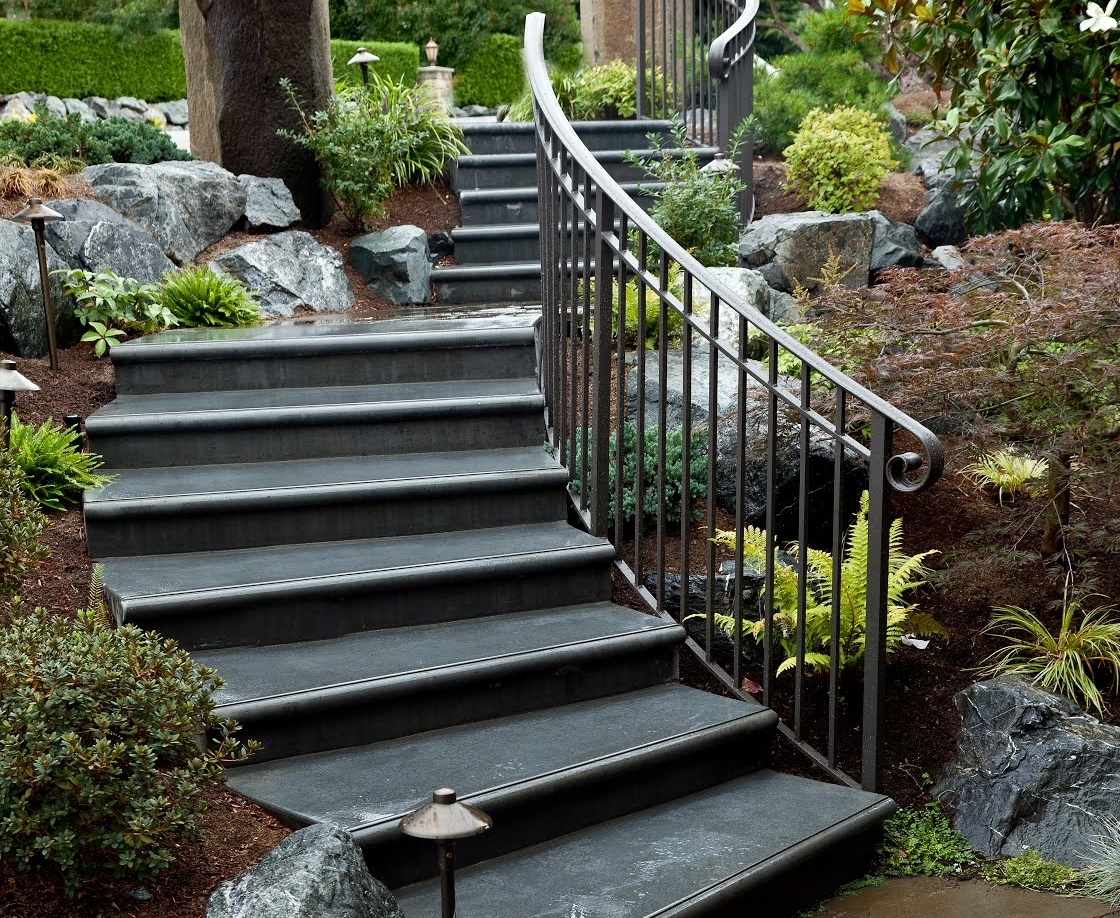 Metal landscape steps